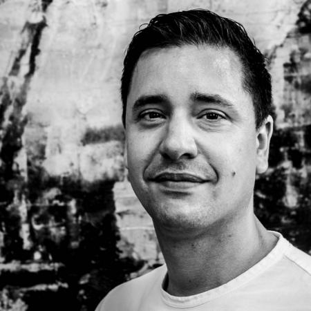 Dion van LingenOprichter / Product- Business developer